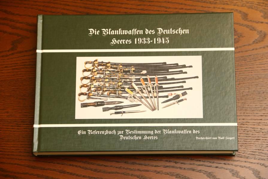 Фото Книга «Die Blankivaffen des Deutschen Heeres»