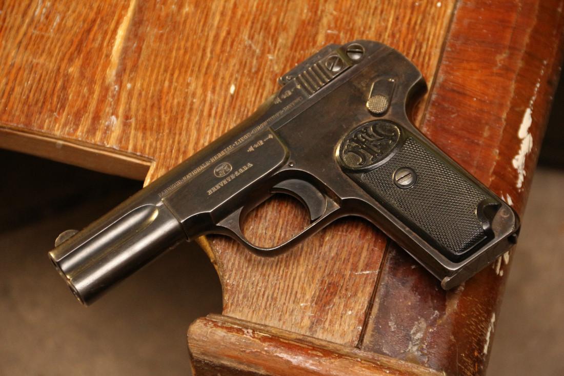 Фото Пистолет Browning FN1900 #343465
