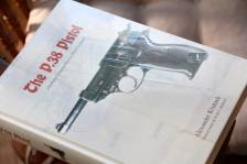 Справочник «The P.38 Pistol» Alexander Krutzek