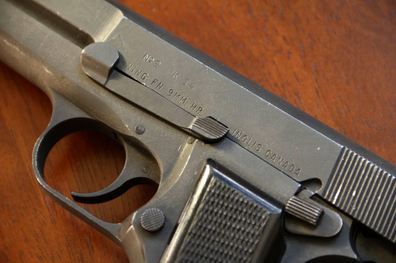 Первый день осени: Walther P. 38; Browning HP mk.1