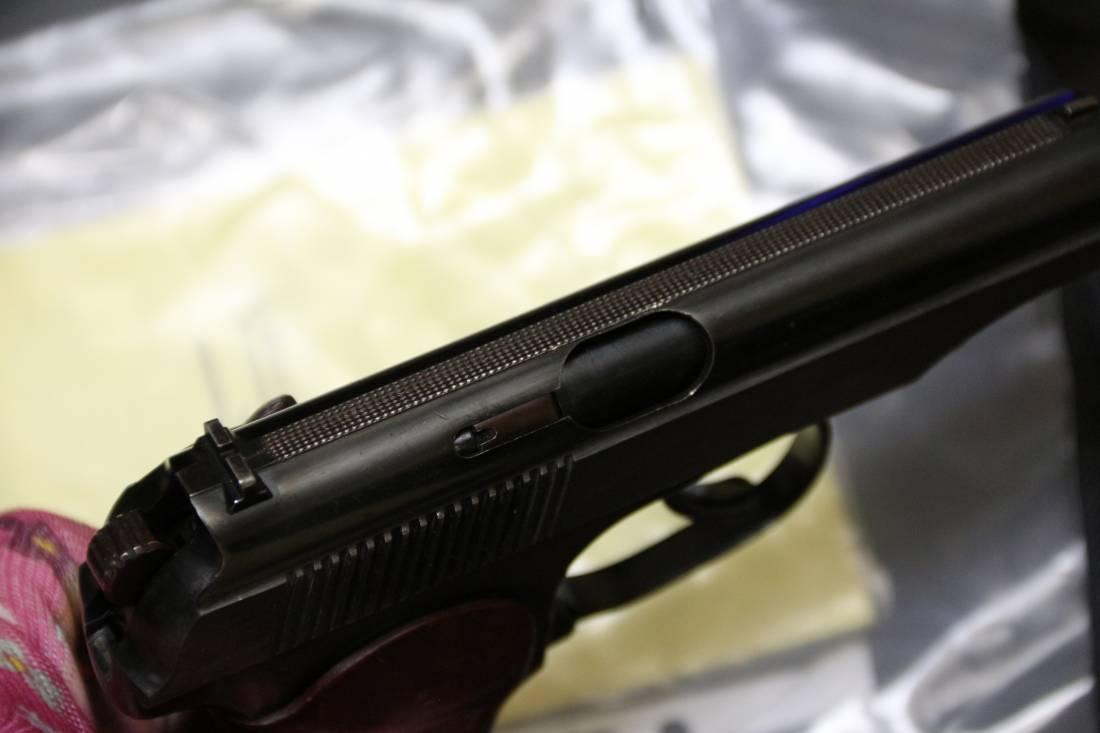 Фото Охолощенный пистолет Макарова ПМ-СХ 1969 год, №БР6233