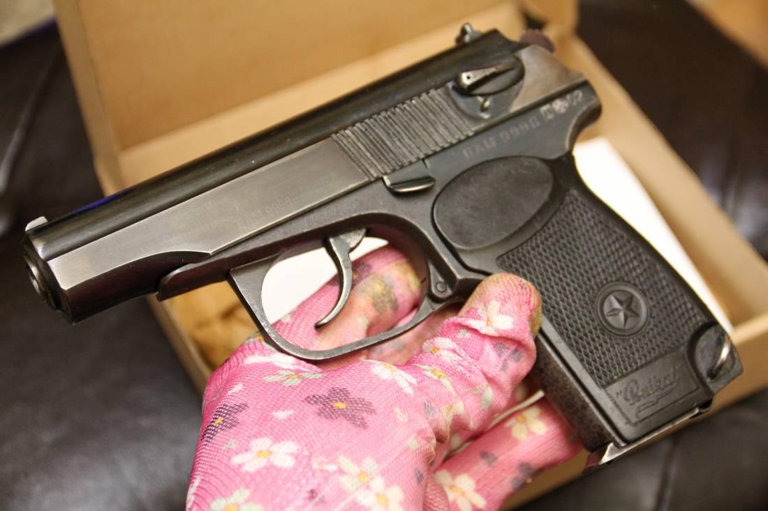 Фото Охолощенный пистолет Иж 71, №9998
