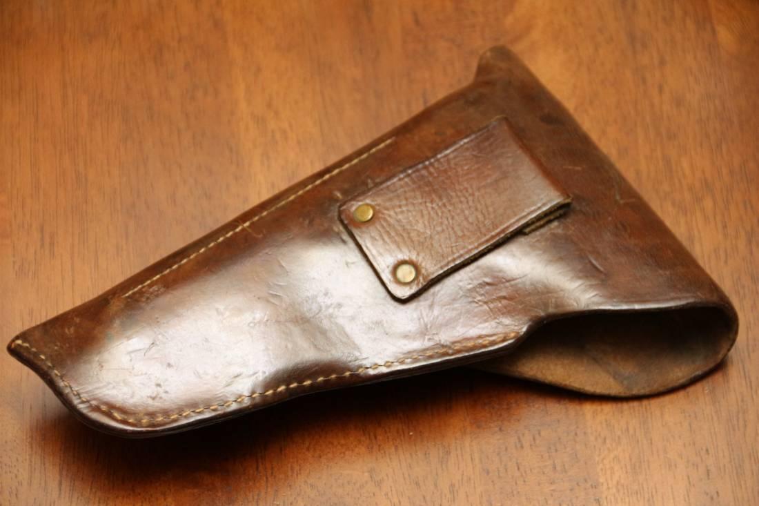 Фото Кожаная кобура для пистолета Браунинг Хай Пауэр