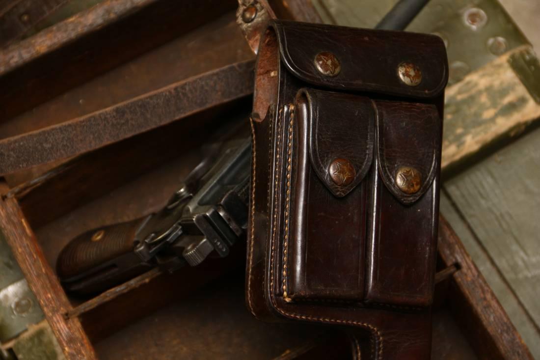Фото Оригинальная довоенная коробчатая кожаная кобура для Mauser M712