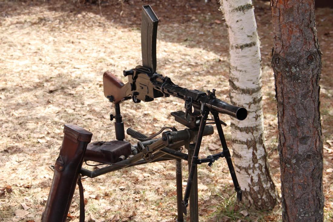 Фото Ручной пулемет Madsen модель 1940 года #3201 на станке