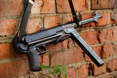 Немецкий пистолет-пулемет M.P. 40 fxo 1941 год #8545