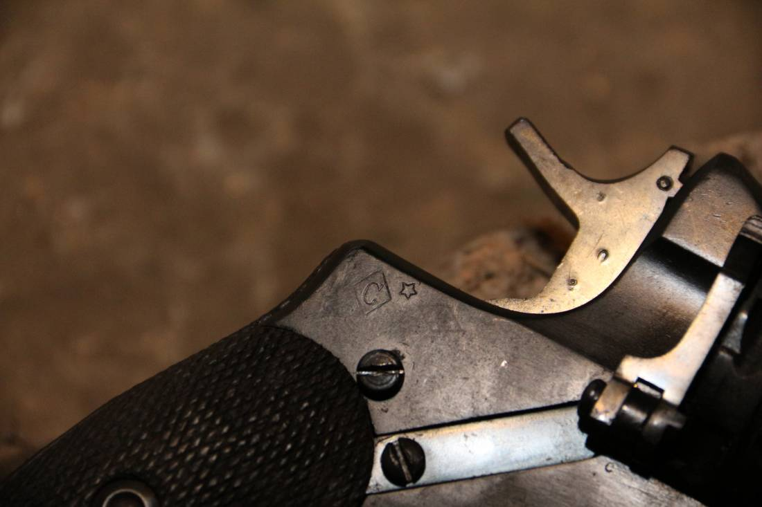 Фото Охолощенный револьвер Наган 1929 года №10310, коллекционный