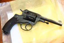Охолощенный револьвер Наган 1929 год №17878, в «родне»