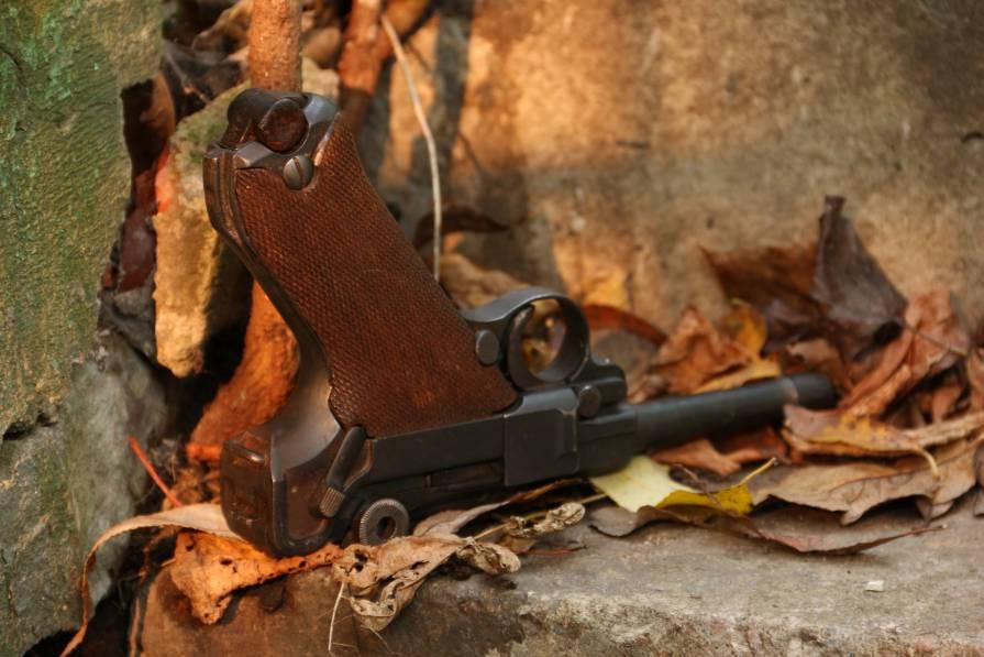 Фото Охолощенный пистолет Parabellum P08 1918 года #8942