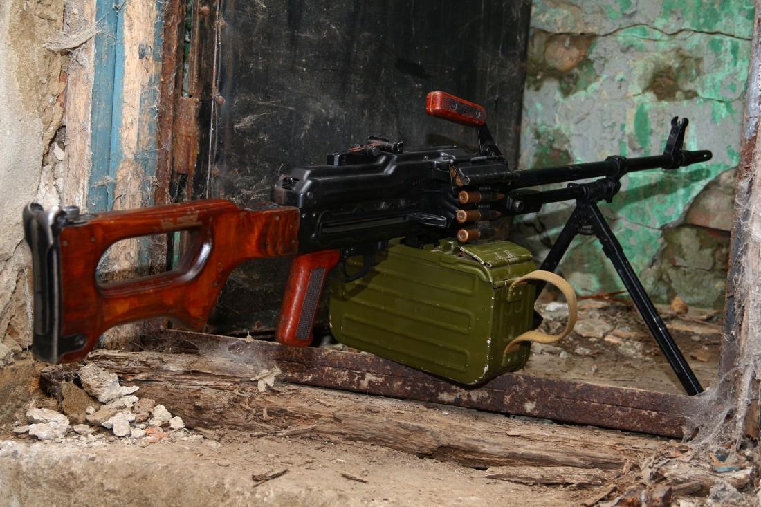 Фото Охолощенный советский пулемет Калашникова «ПКМ» 1974 года на станке Степанова
