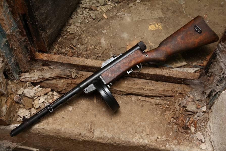 Фото Пистолет-пулемет Suomi-konepistooli M/31 #25684