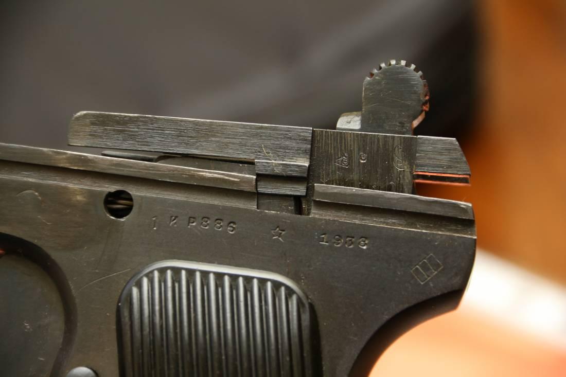 Фото Охолощенный пистолет ТТ-СХ 1938 года, №ИР886