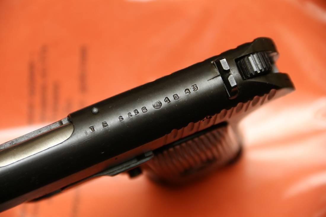 Фото Охолощенный пистолет ТТ-СХ 1943 года, №ТВ2226