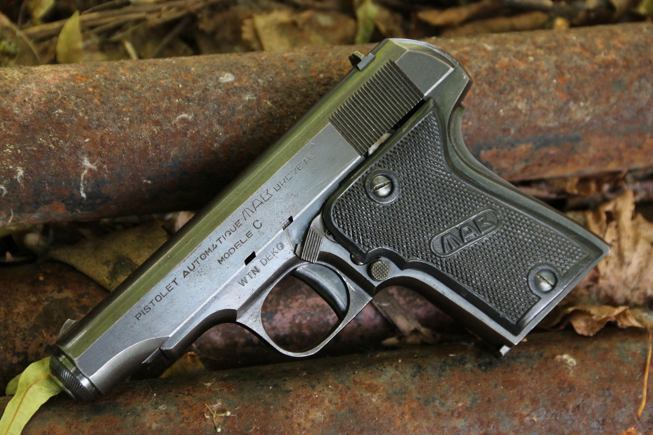 Французский пистолет MAB C #A.F. 749