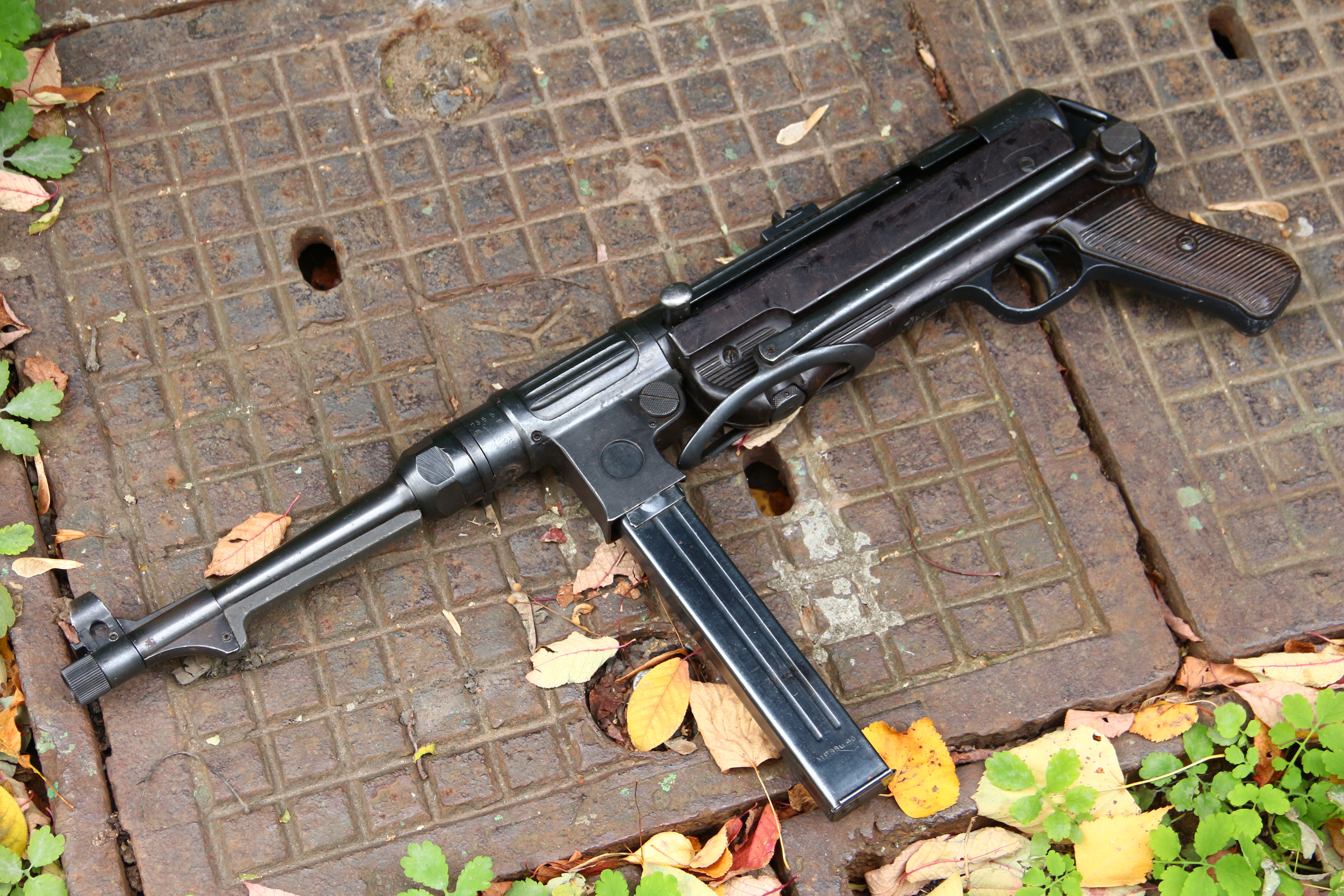 Фото Немецкий пистолет-пулемет M.P. 38 ayf 1941 год #7355c