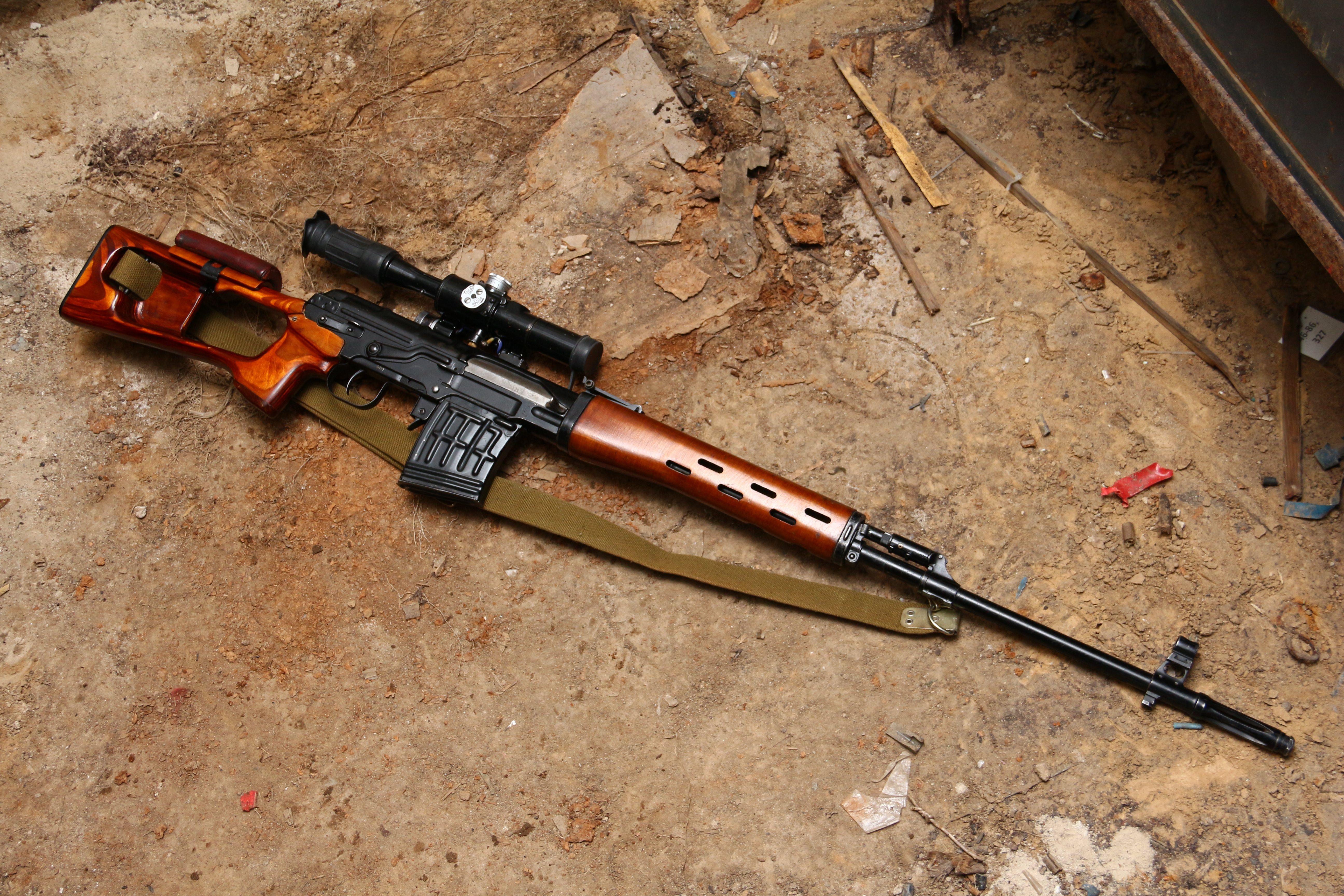 Фото Советская винтовка «СВД» 1972 года №К-581, коллекционная