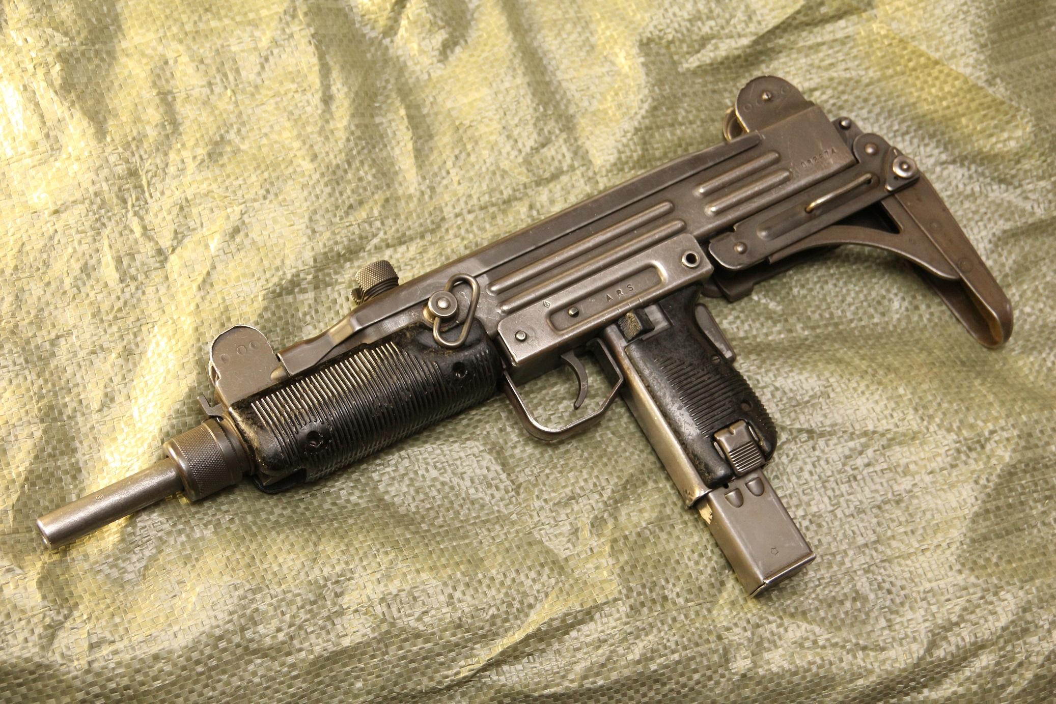 Пистолет-пулемет UZI #082674