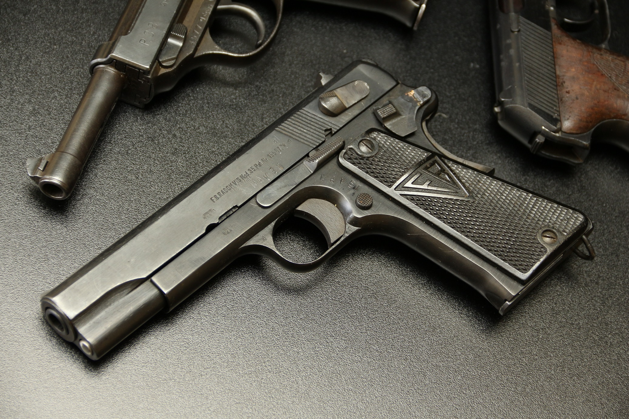 Польский пистолет VIS 35 Radom №М5327, немецкая военная приемка