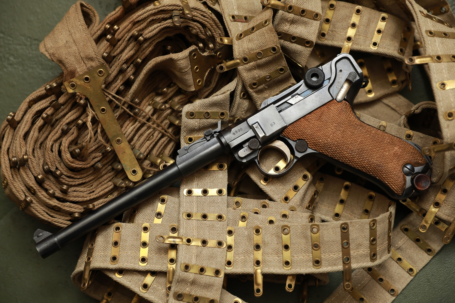 Пистолет Luger Parabellum P-08 «Артиллерист» 1917 год №4900