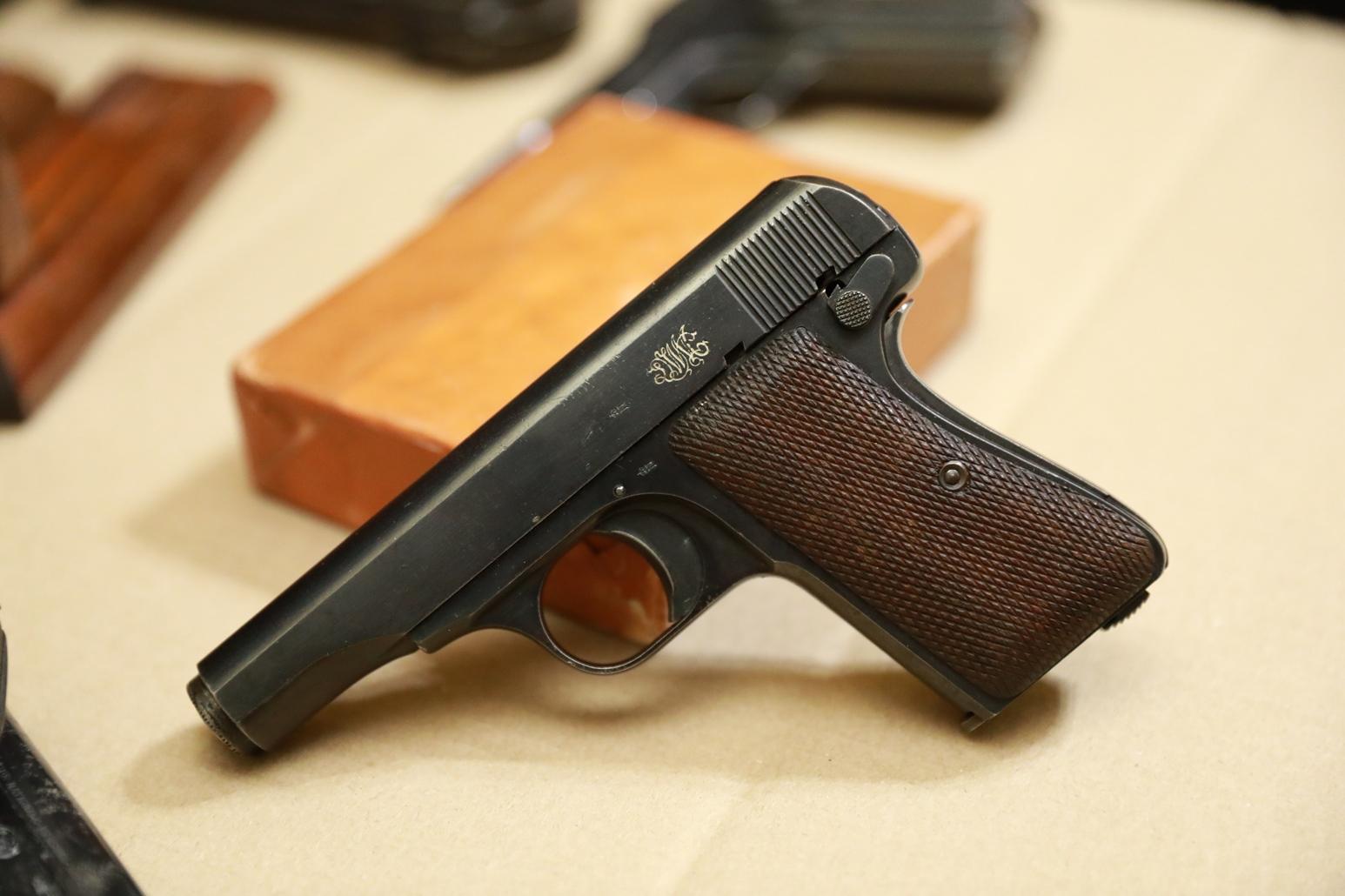 Фото Редкий пистолет фирмы DWM «модель 22»