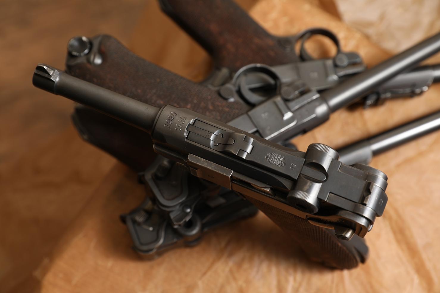 Пистолет Luger P08 1920 года, №1003, «дабл дейт»