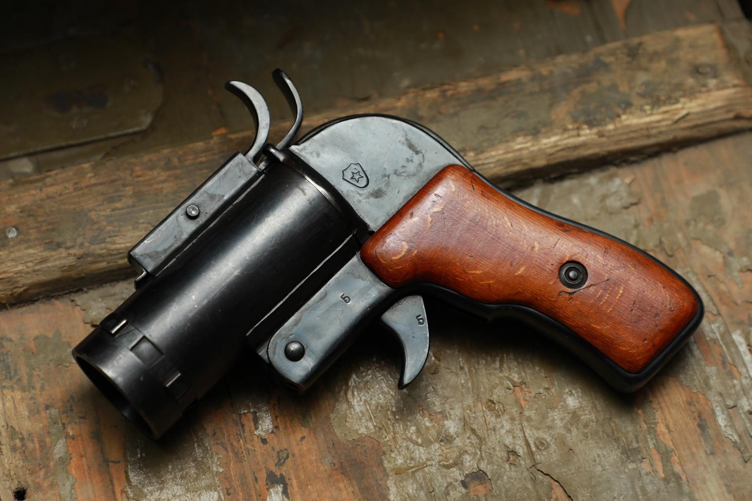 Опытный сигнальный пистолет ОПШ Шпагина №5