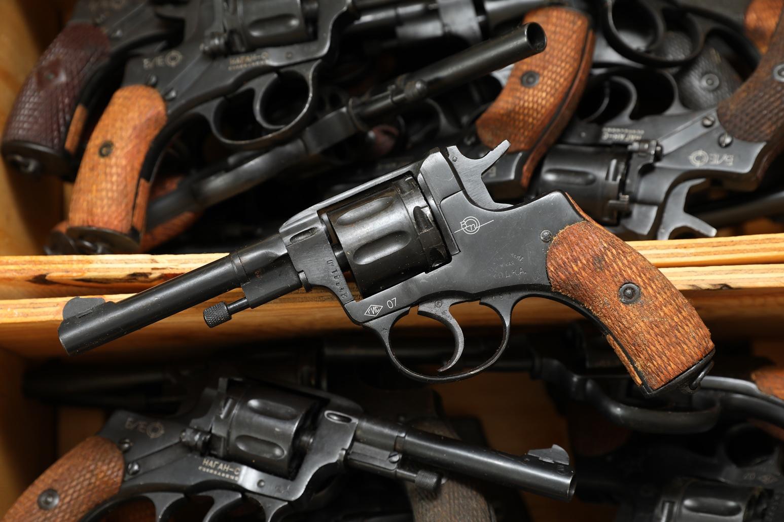 Фото Сигнальный револьвер Наган Блеф ХОДКА №24661