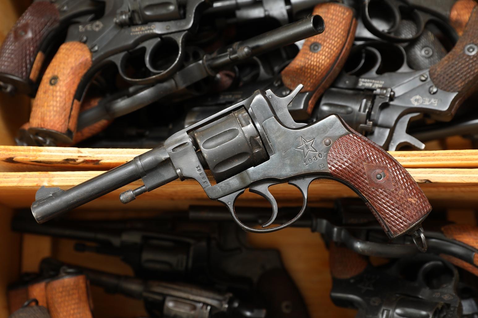 Фото Сигнальный револьвер Наган Блеф 1930 года №36661