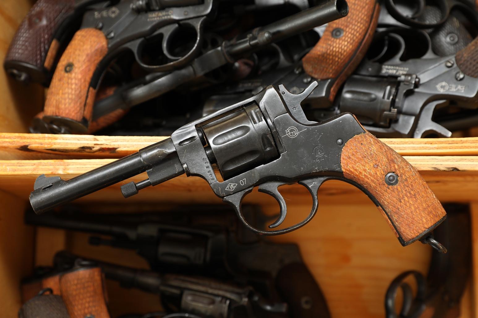 Фото Сигнальный револьвер Наган Блеф 1943 года №ИМ353