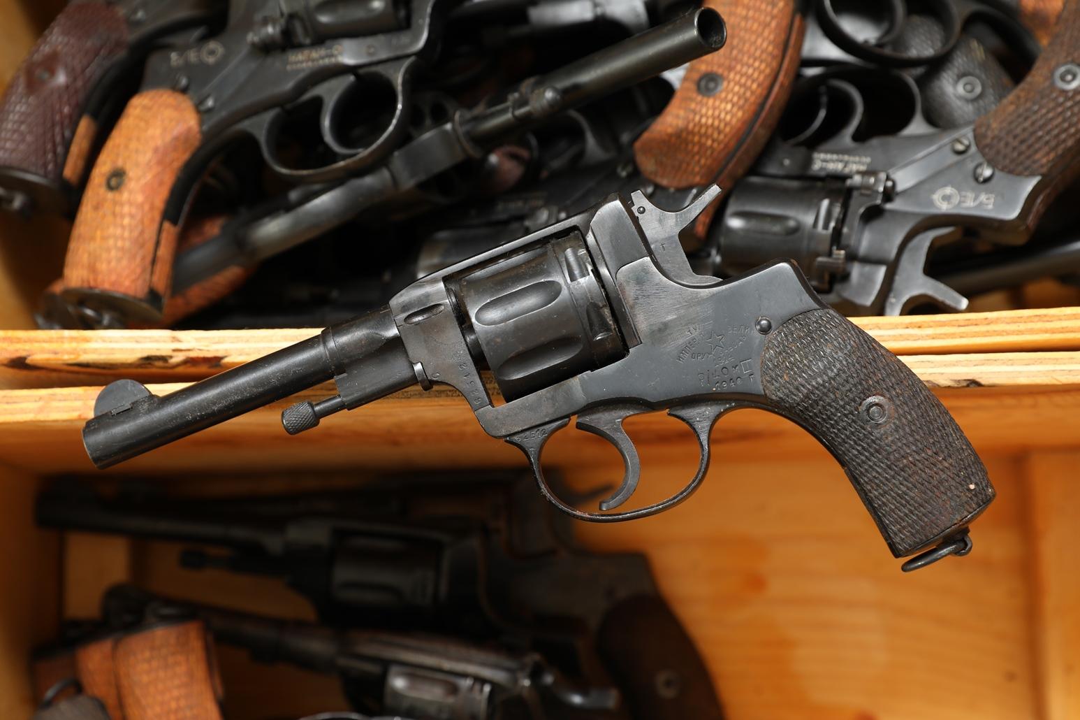 Фото Сигнальный револьвер Наган Блеф 1914 года №63512