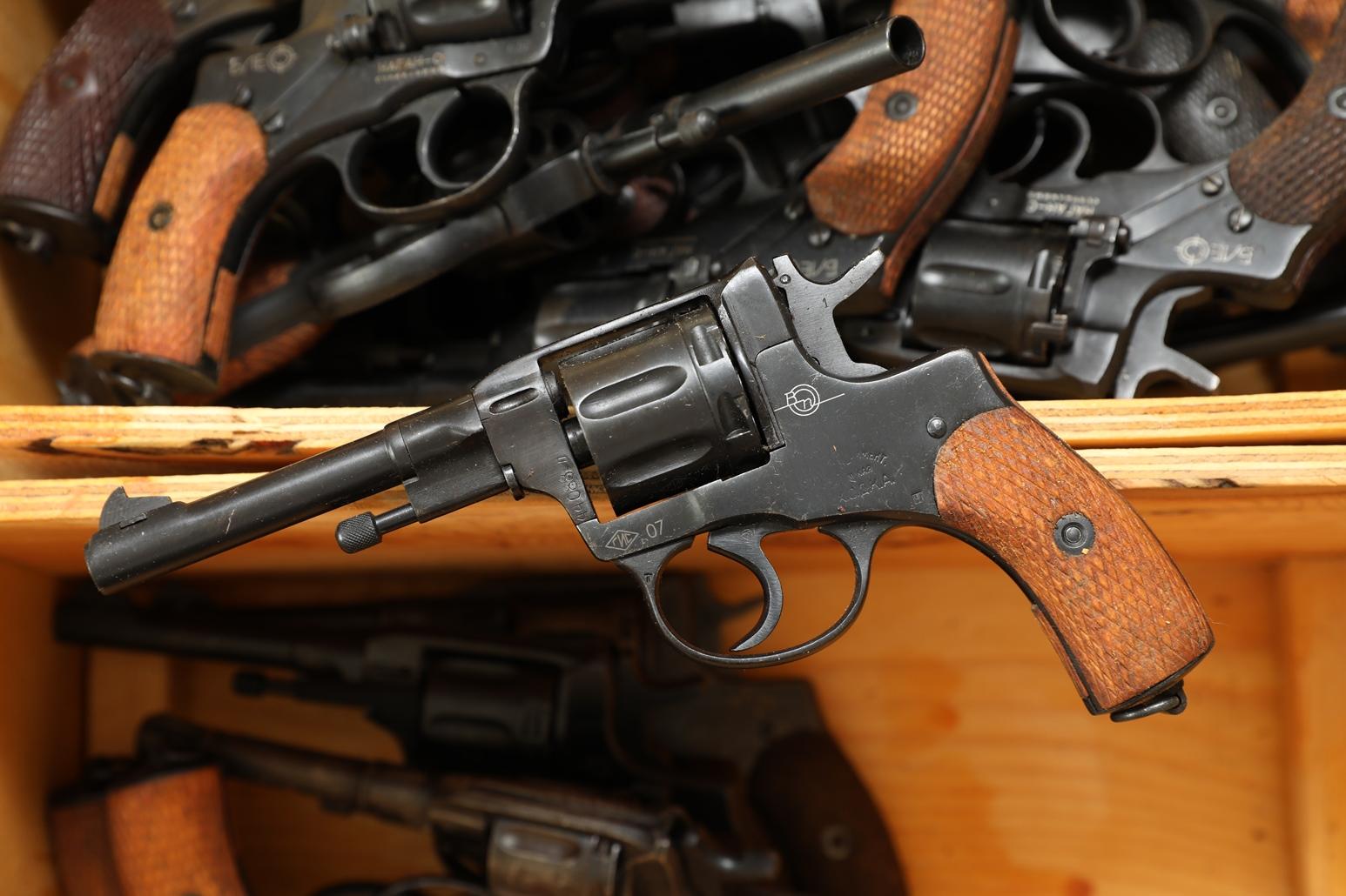 Фото Сигнальный револьвер Наган Блеф ХОДКА №44083
