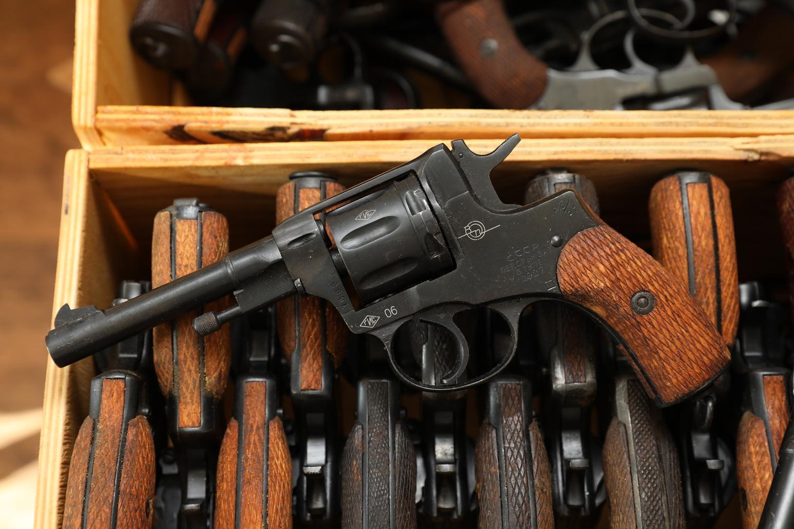 Фото Сигнальный револьвер Наган Блеф 1927 года №7685