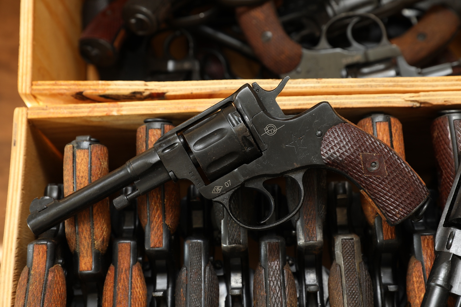 Сигнальный револьвер Наган Блеф 1944 года №ИЖ37