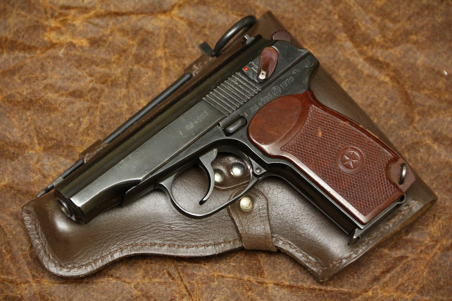 Фото Охолощенный пистолет Макарова ПМ-О 1970 год №АШ4993, целая правая сторона