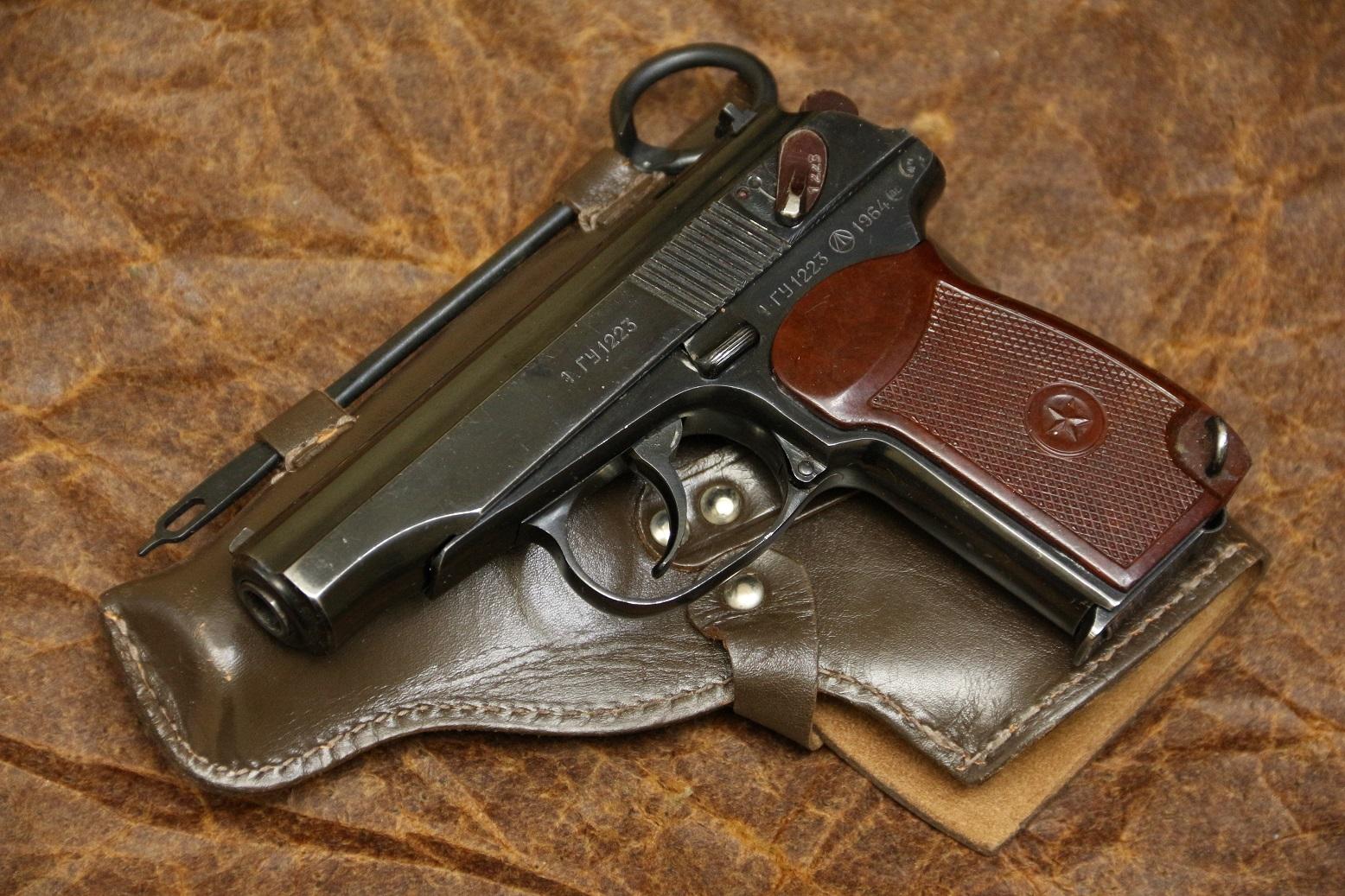 Фото Охолощенный пистолет Макарова ПМ-О 1964 года №ГУ1223, целая правая сторона