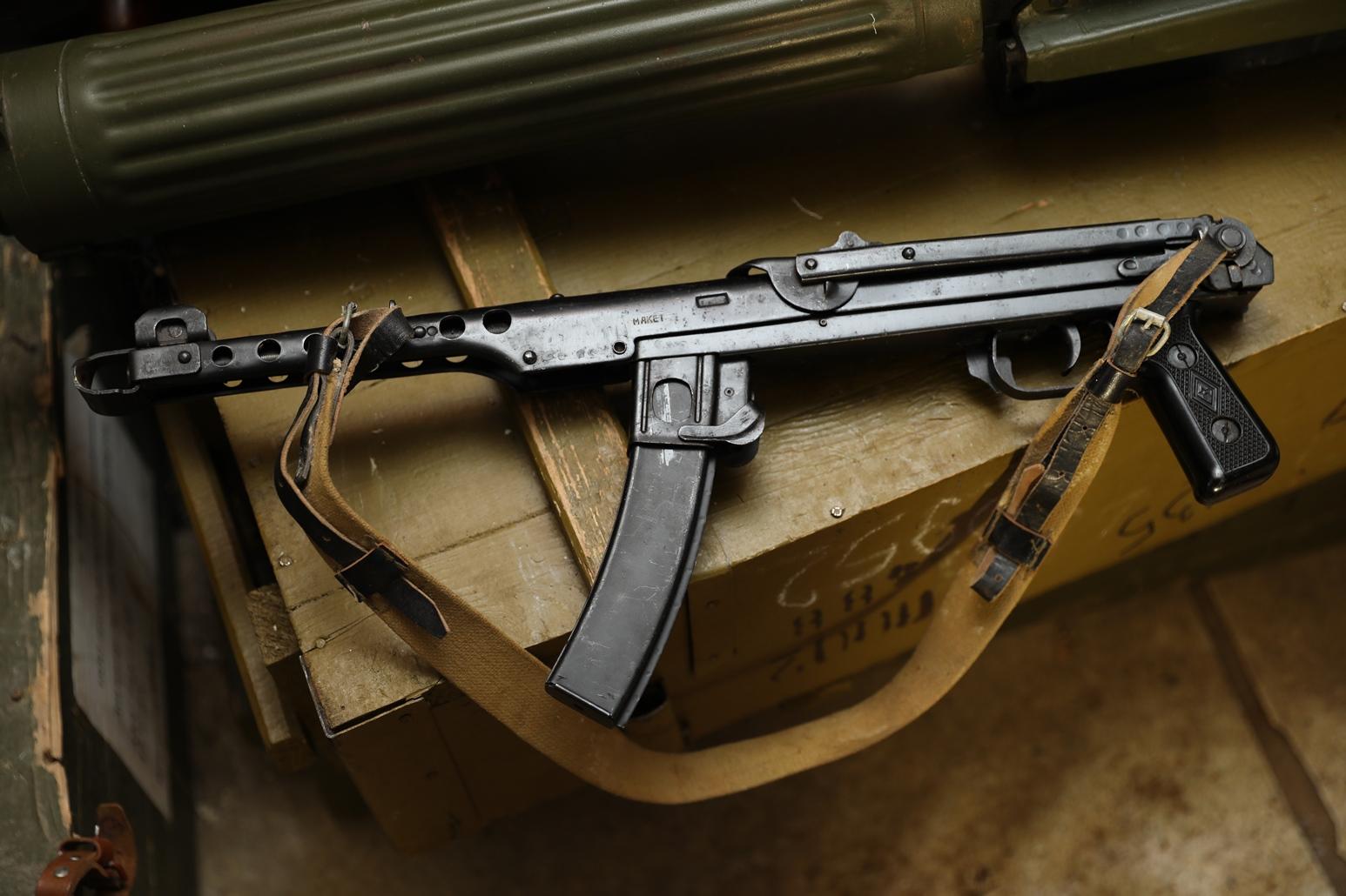 Фото Пистолет-пулемет ППС 1944 год, №ДИ 779