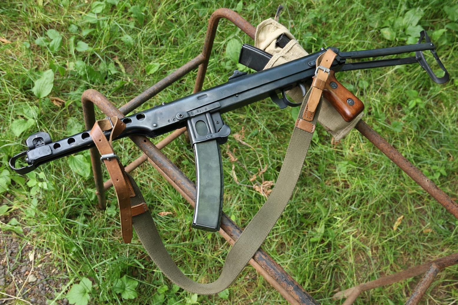 Фото Охолощенный ППС 1944 года, №АА565, блокадный Примус