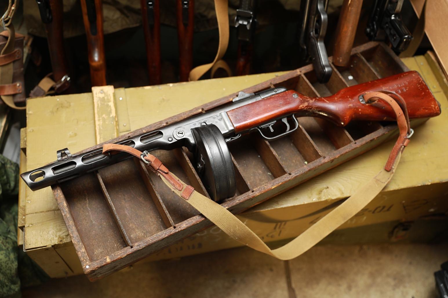 Пистолет-пулемет Шпагина ППШ 1944 года, №БЖ6465