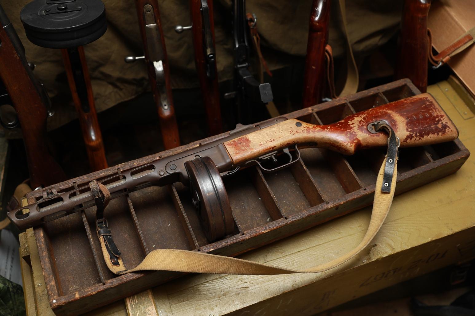 Пистолет-пулемет Шпагина ППШ 1944 года, №ДБ3606