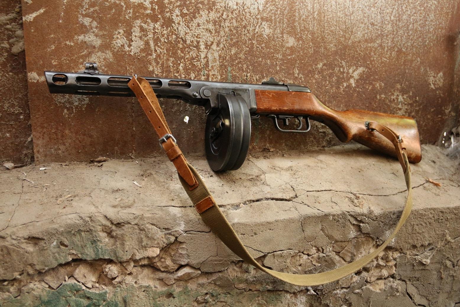 Фото Пистолет-пулемет Шпагина ППШ 1944 года, №КБ908