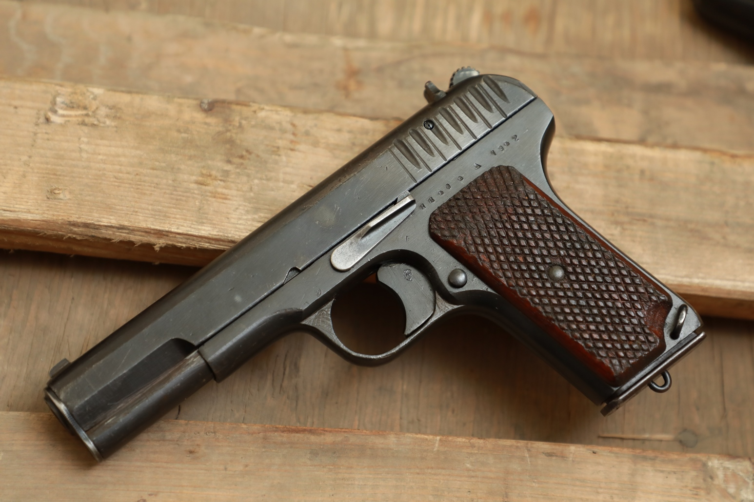 Охолощенный пистолет ТТ 1942 года №ИЩ 404