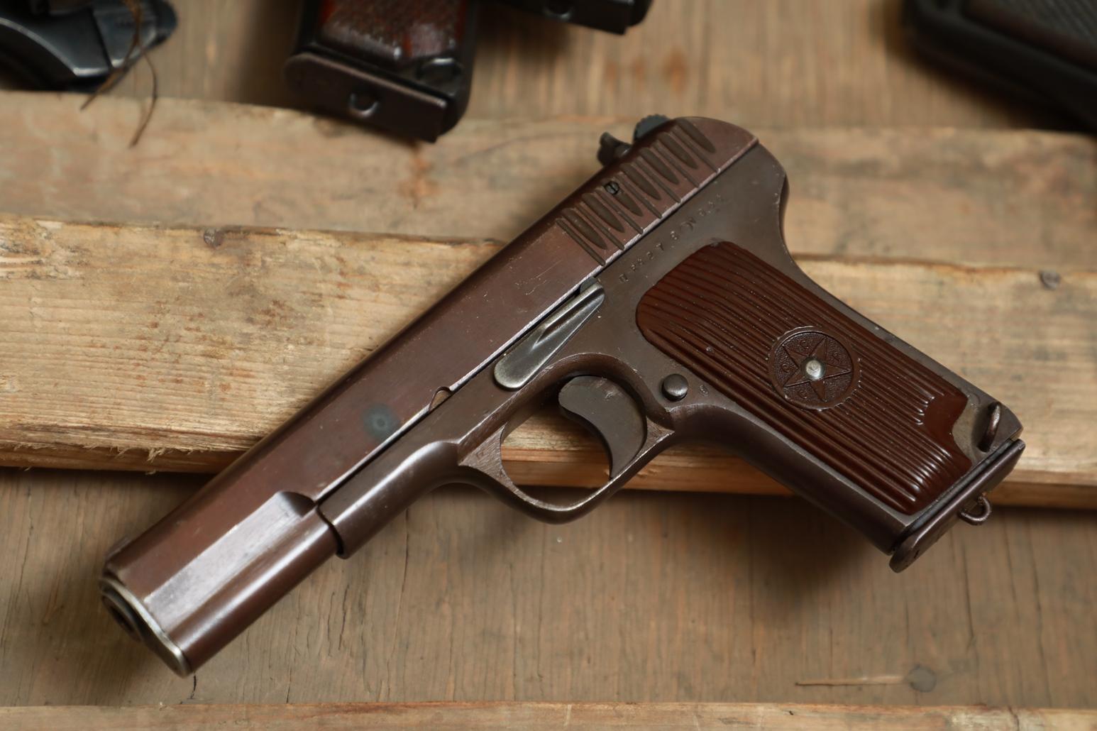 Фото Охолощенный пистолет ТТ 1944 года №ПВ 4278