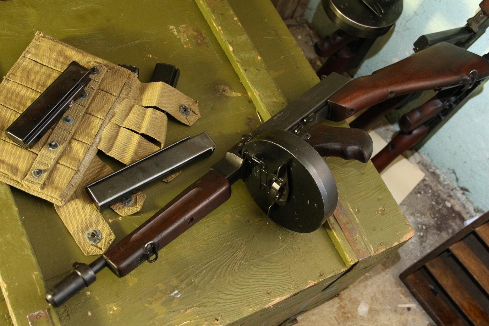 Фото Пистолет-пулемет Томпсон 1928а1 #503531
