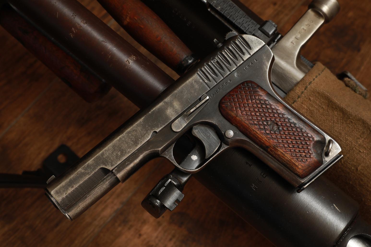 Охолощенный пистолет ТТ-СХ 1943 года, №ВТ2009, фронтовик