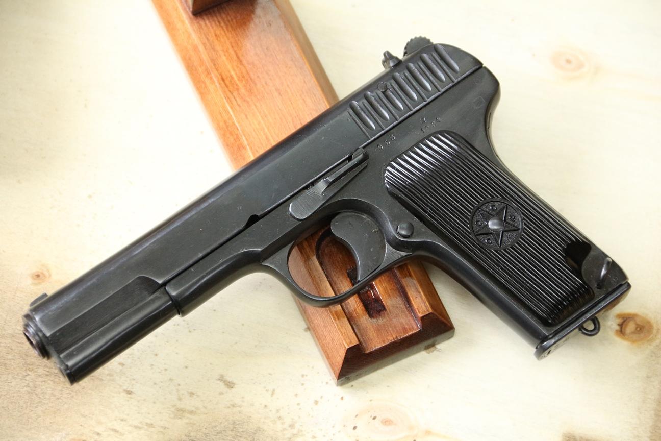 Фото Сигнальный пистолет ТТ-С, ранняя модификация ТТ-30 1934 года №953