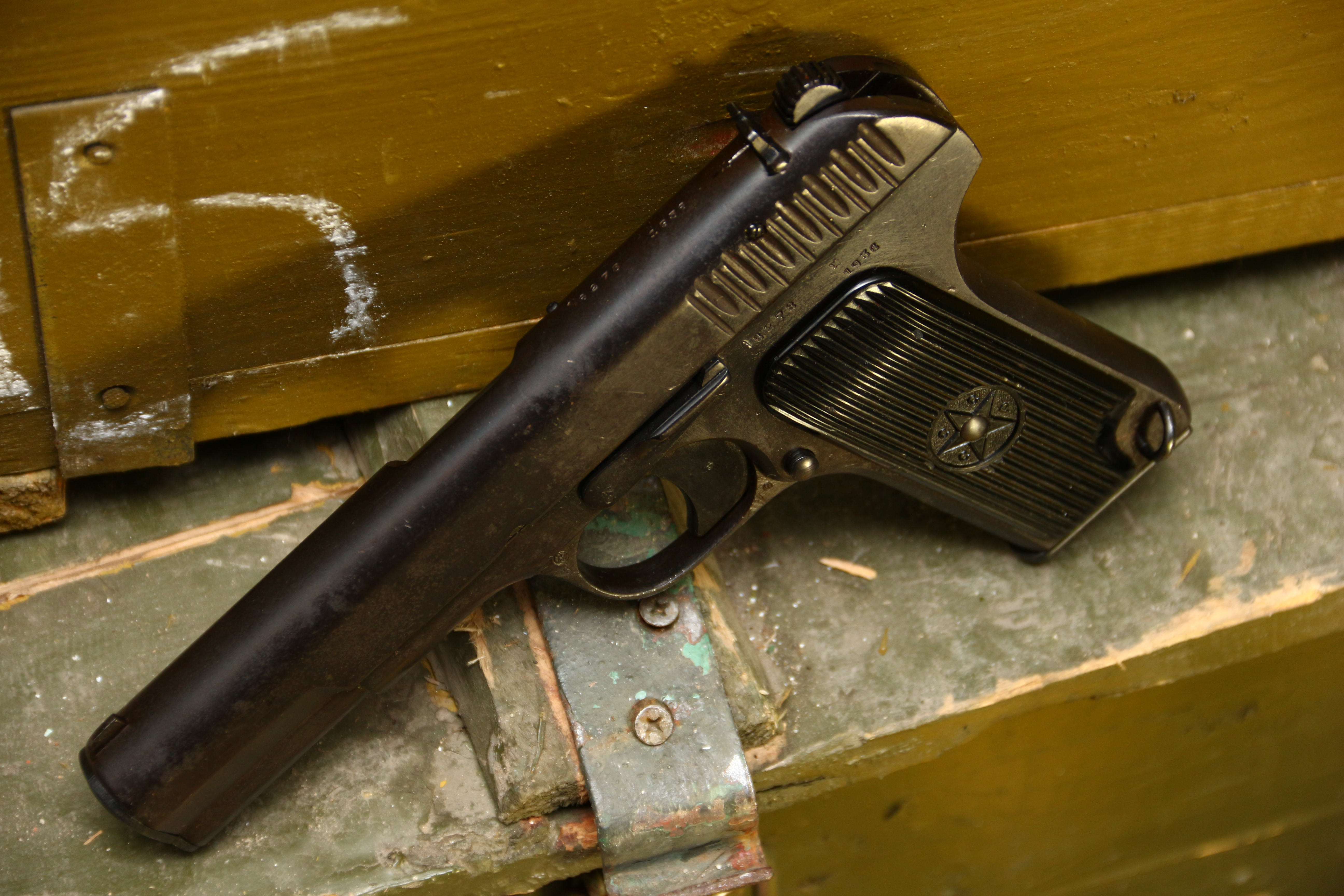 Фото Охолощенный советский пистолет ТТ 1936 года №6278