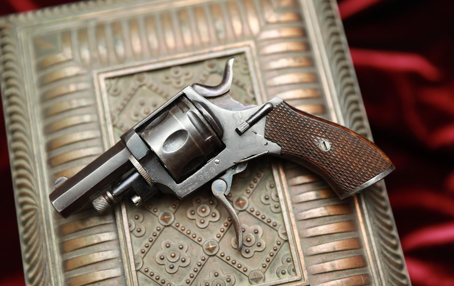Фото Револьвер Велодог №8846, XIX век
