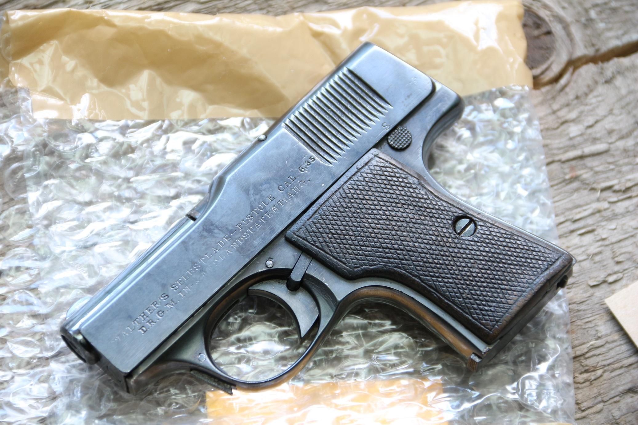 Фото Жилетный пистолет Walther model 1, ранний