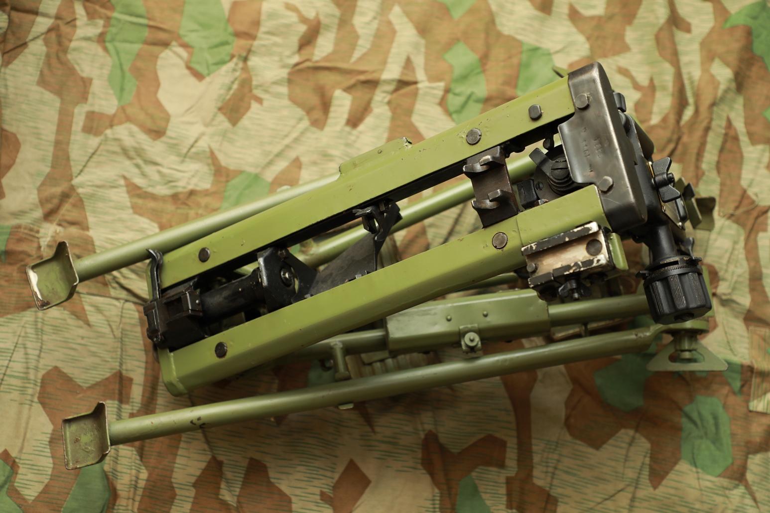 Фото Югославский станок MG 42/53, стилизация под MG.42